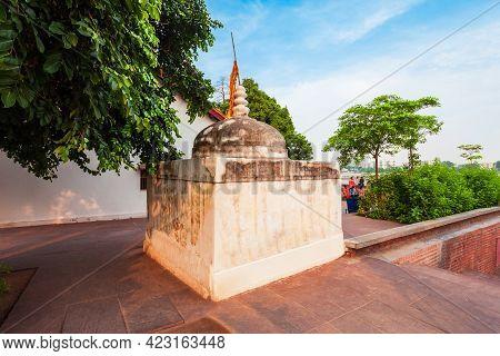 Stupa At The Sabarmati Gandhi Ashram Or Harijan Ashram Or Satyagraha Ashram In Ahmedabad City In Guj