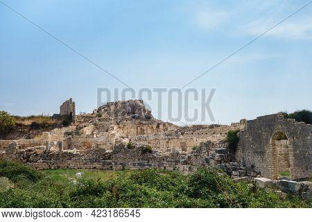 Panoramic View Onto Ruined Byzantine Palace In Ancient City Elaiussa Sebaste, Near Kızkalesi, Turkey
