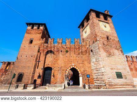 Castelvecchio Or Old Castle Is Located In Verona, Veneto Region In Italy