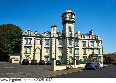 Ramsgate, United Kingdom - May 29, 2021: The Pegwell Bay Hotel. The Pegwell Village Hotel Was Built