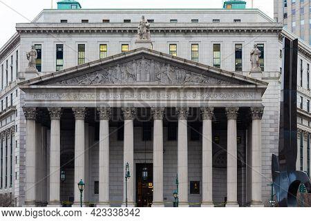 Manhattan, New York, Usa - December 31, 2013 : New York County Supreme Court, Neoclassical Court Bui