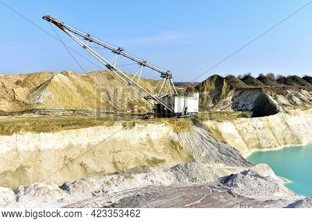 Largest Walking Dragline Excavator In The Chalk Quarry. Big Muskie In Open Pit Mining. Mining Dragli