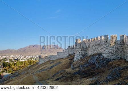 Massive Fortifications Of Van Fortress, Van, Turkey. It Was Founded In 9 Century Bc By Urartians & R
