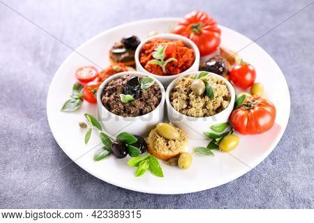 tapenade with bread toast- canape