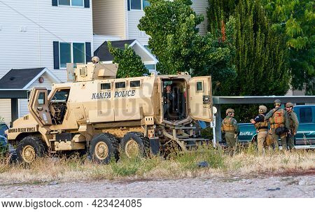 Nampa, Idaho - September 09, 2019: Police Respond In An Armored Car To A Report Of A Man Armed With