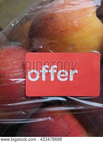 Offer Label On Fruit Label