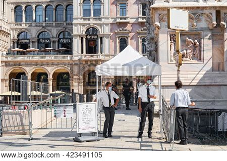 Milan, Italy - July 20, 2020: Ticket Control Near Entrance To Museum Of The Milan Cathedral. Man Sta
