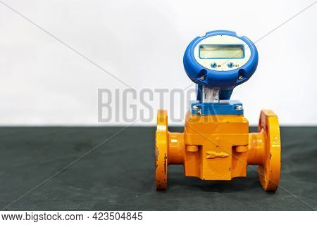 Flow Meter For High Accuracy Liquid Oil Water Measuring And Indicator Flow Rate And Control In Indus