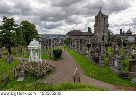 Stirling, Scotland - August 13, 2019: Old Town Cemetery, The Martyrs Monument And The Holy Rude Cath