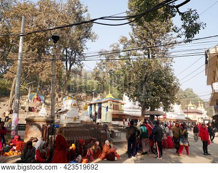 Local Nepalese People Sale Products To Nepali People And Foreign Travelers Travel Visit Respect Pray