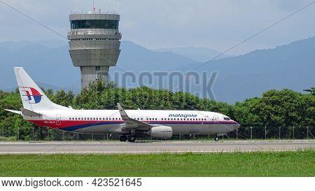 Kota Kinabalu,sabah,malaysia-july 2,2019:malaysia Airlines Boeing 737-800,9m-mle Taxiing Departure O