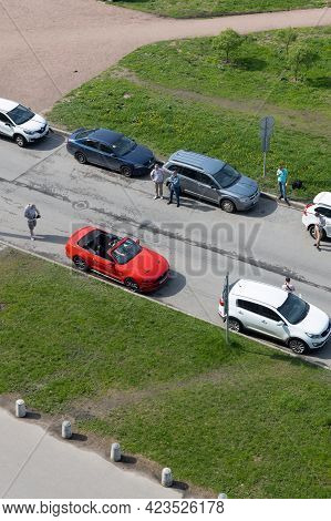 Saint-petersburg, Russia - May 18, 2021: Videographer Shoots A Clip-presentation Of The Car