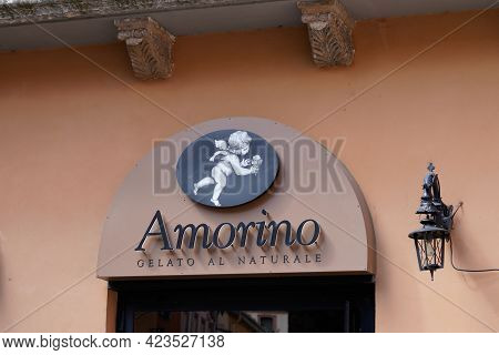 Bordeaux , Aquitaine France - 06 06 2021 : Amorino Logo Text And Brand Sign Of Italian Cafe Of Gelat