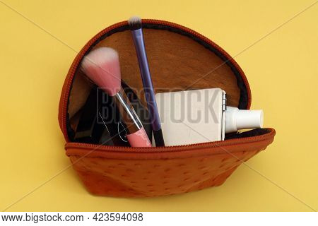 Open Makeup Cosmetics Case Leather Bag With Beauty Accessories Inside