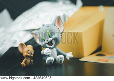 Samut Prakan, Thailand - June 14, 2020 : Cute Figure Of Tom And Jerry I Love Cheese Collection Figur