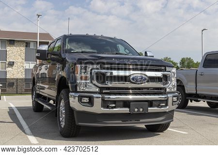 Kokomo - Circa June 2021: Ford F250 Super Duty Display At A Dealership. The Ford F-250 Is Available