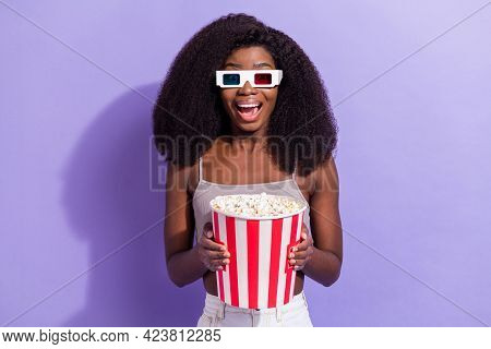 Photo Of Excited Black Woman Happy Positive Smile Watch Movie 3d Glasses Eat Popcorn Isolated Over V