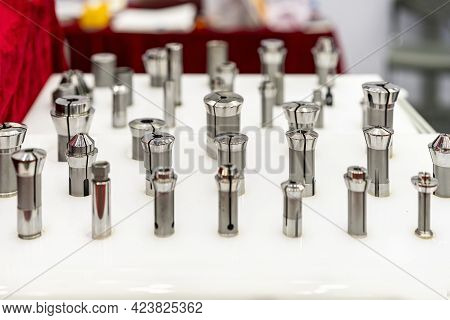 Various Many Type And Size Spring Steel Collet Chuck For Cnc Machining Center Or Automatic Milling M
