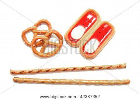 Pretzel Sticks With Biscuits