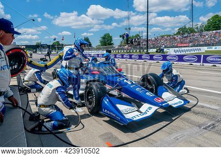 June 13, 2021 - Detroit, Michigan, USA: ALEX PALOU (10) of Barcelona, Spain brings his car in for service during the Chevrolet Detroit Grand Prix at Belle Isle in Detroit Michigan.