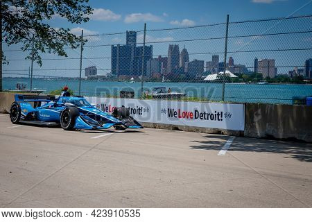 June 13, 2021 - Detroit, Michigan, USA: MAX CHILTON (59) of Reigate, England races through the turns during the  race for the Chevrolet Detroit Grand Prix at Belle Isle in Detroit, Michigan.