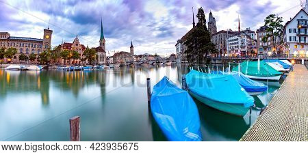 Zurich. Old City Embankment And Medieval Houses At Dawn.