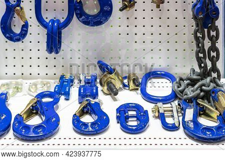 Various Type Of Metal Or Steel Lifting Hook Chain And Accessories Such As Master Link Shackle Screw