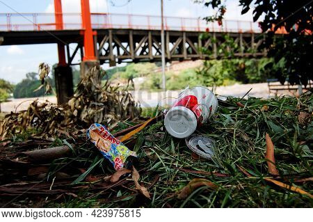 São Paulo Brazil. Dec 19, 2009: Food Remains And Dirty Packaging Polluting The Riverbanks. Social Pr