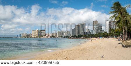 Sandy Beach With Hotels And Resorts, Shot On Waikiki Beach, Honolulu, Hawaii, Usa