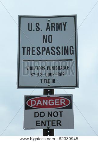 U.S. Army No Trespassing Sign