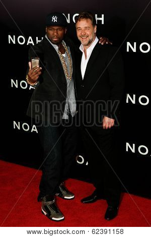 NEW YORK-MAR 26: Rapper Curtis 'Fifty Cent' Jackson (L) and actor Russell Crowe attend the premiere of