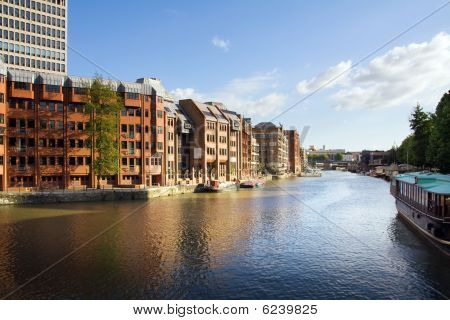 Canal City Apartments