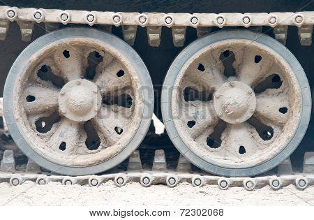 Tank - Close Up