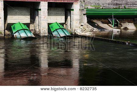 Hydroelecticity