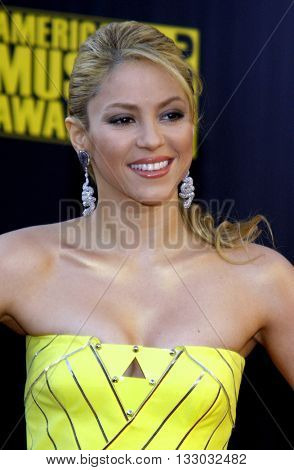 Shakira at the 2009 American Music Awards held at the Nokia Theater in Los Angeles, USA on November 22, 2009.