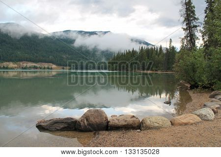 early morning mirror view at national parks
