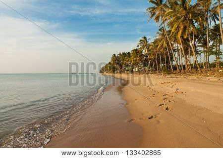 Long Beach is the most popular beach on Phu Quoc island, about 5 km long, located south of Dong Dong town