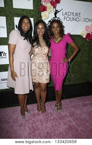 LOS ANGELES - JUN 4:  Cookie Johnson, Leah Pump, Holly Robinson Peete at the Girl Flu Premiere at the Arclight Theater on June 4, 2016 in Culver City, CA