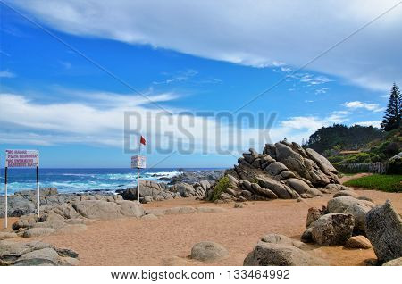 Beach in front of the house of Pablo Neruda, view onto the ocean