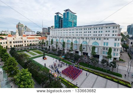 Mass wedding in front People's Committee building on Nguyen Hue Pedestrian Street. HO CHI MINH, VIETNAM 11/10/2014.