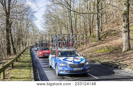 Cote De Senlisse,, France - March 5, 2017: The Technical Car Of Fdj Team Driving In The Caravan Of T