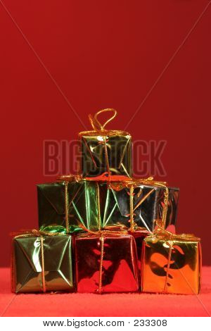 Stacked Holiday Packages