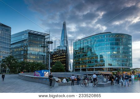 London, England - June 15, 2016: Night Photo The Shard Skyscraper In London , England, United Kingdo