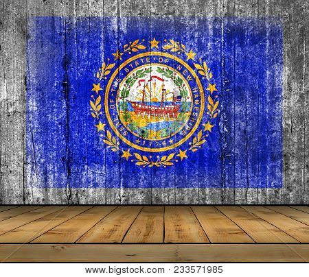 Us State New Hampshire National Seal Concrete Flag With Wooden Floor