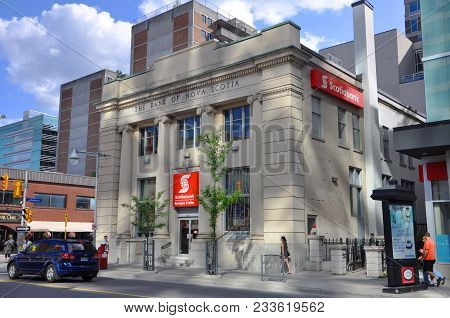 Ottawa, Canada - Jul. 1, 2011: Antique Building Of Bank Of Nova Scotia On 186 Bank Street In Ottawa,