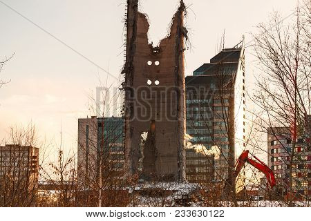 Demolition Of Abandoned Television Tower In Ekaterinburg In 24Th Of March 2018. Remains Of The Destr