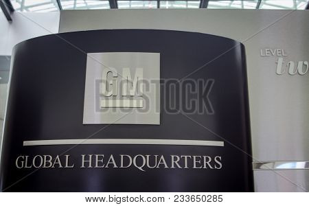 Detroit, Michigan, Usa - March 28, 2018: General Motors Global Headquarters Sign At The Renaissance