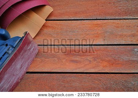 Electric Sander, Power Finishing Sander On Pine Board On Wooden Background With Wood Texture.copy Sp
