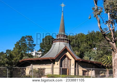 Mill Valley,california,usa - December 3, 2017 : View Of Our Lady Of Mount Carmel Church