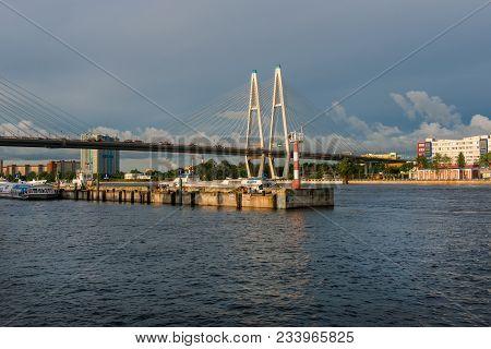 Russia, Saint Petersburg - August 18, 2017: Utkina Wharf And The Salt Pier On The Neva River, Near T